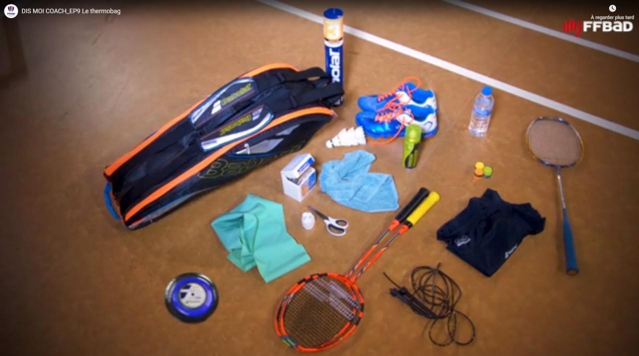 video-quoi-mettre-dans-sac-badminton